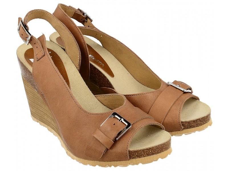 Sandały damskie na koturnie ze sprzączką, BRĄZOWE, naturalna