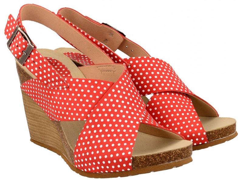 Sandały damskie na koturnie, CZERWONE w grochy, naturalna