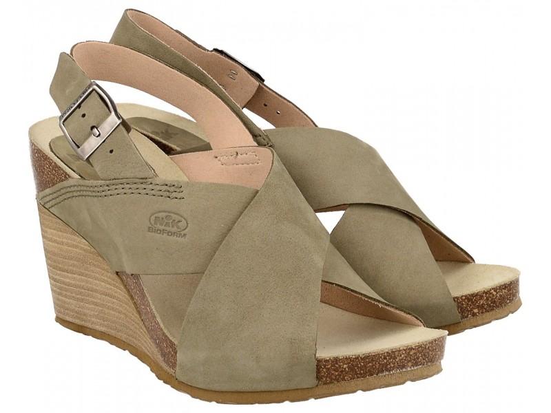 Sandały damskie na koturnie, OLIWKOWE, naturalna skóra