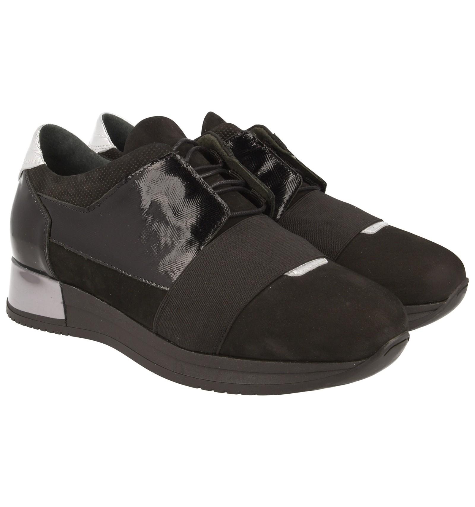 Modne Sneakersy damskie z gumką, CZARNE, wykonane ze  skóry naturalnej