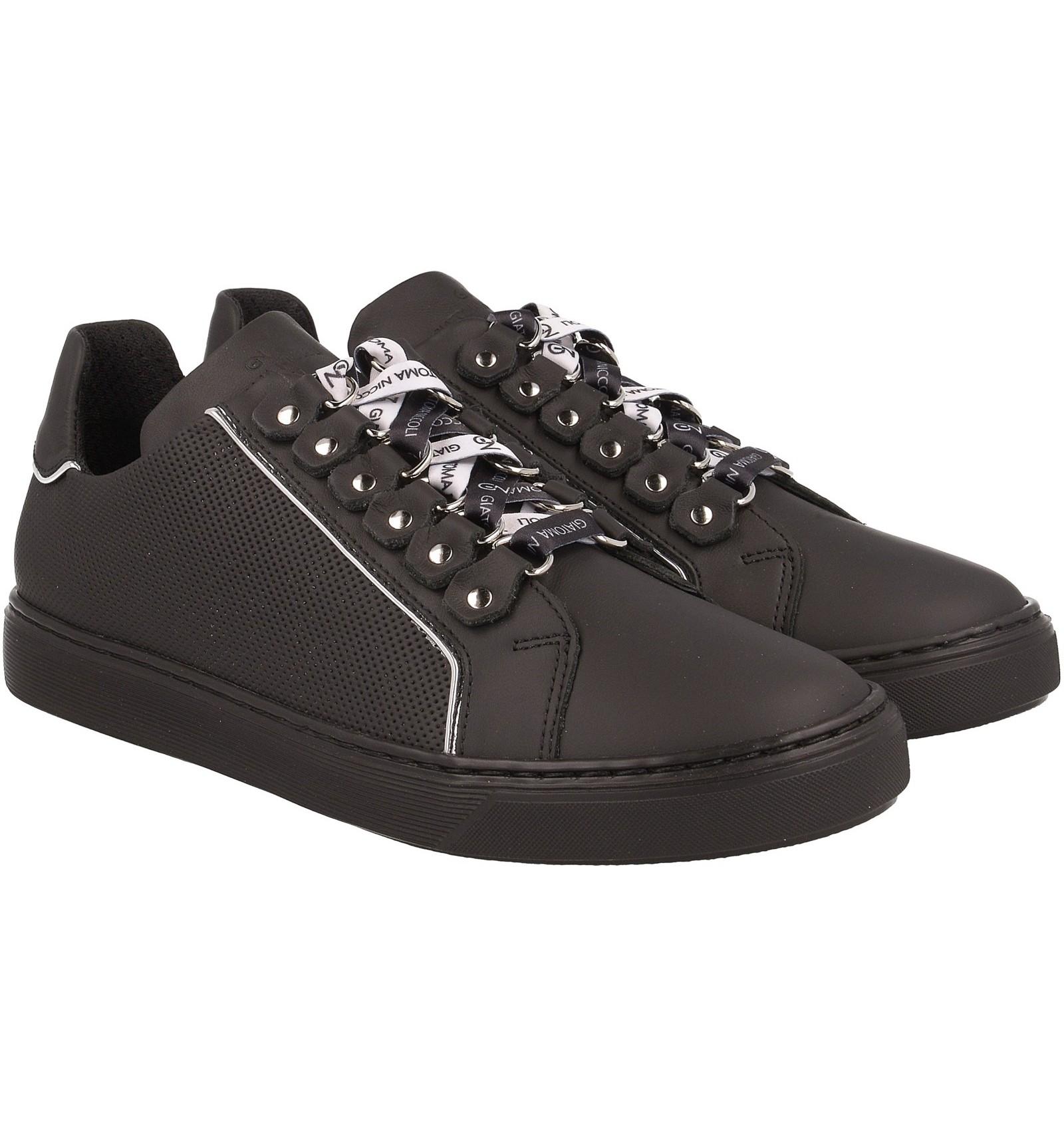 Czarne sneakersy z ozdobnym sznurowaniem, skóra naturalna